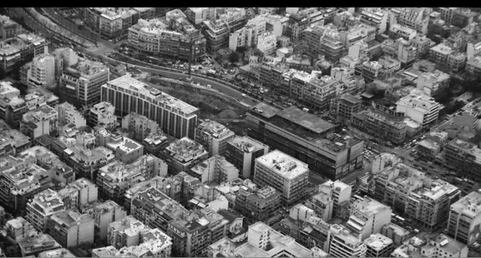Το κτήριο Φιξ ως ιστορικό κτήριο στο κέντρο της πόλης ή μια απόπειρα  αναπαράστασης του γοήτρου της σύγχρονης πρωτεύουσας;  πηγή: Από το υλικό του αρχιτεκτονικού διαγωνισμού για το Φιξ, 2003, ΕΜΣΤ