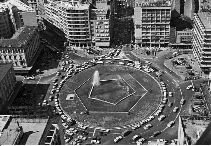 Η πλατεία Ομονοίας το 1969 πηγή: facebook «Παλιές φωτογραφίες της Αθήνας»