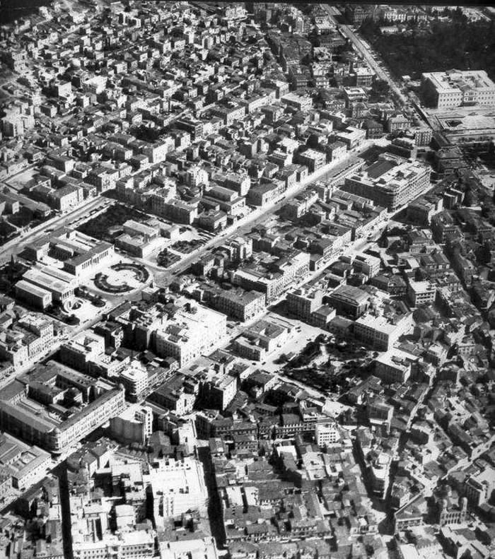 Αεροφωτογραφία του κέντρου της Αθήνας το 1934 πηγή: facebook «Παλιές φωτογραφίες της Αθήνας»