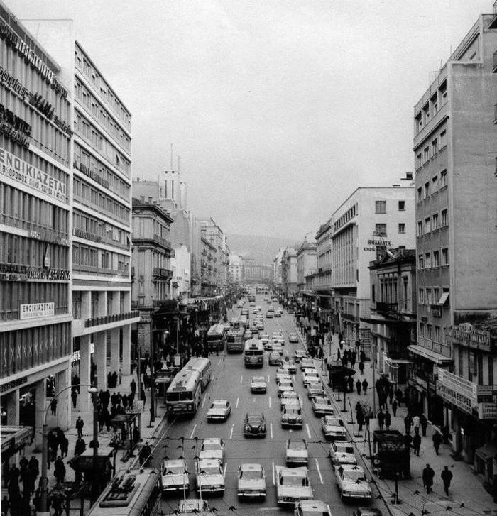 Η οδός Πανεπιστημίου το 1968 πηγή: bill-files.blogspot.gr
