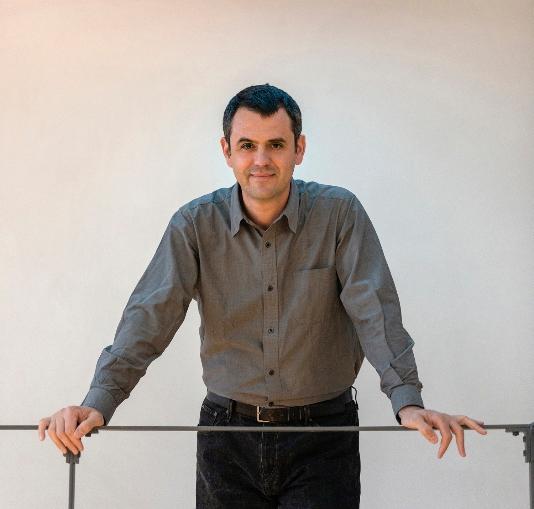 Εθνικός Επίτροπος - Επιμελητής: Γιάννης Αίσωπος Φωτογραφία: Γιώργης Γερόλυμπος