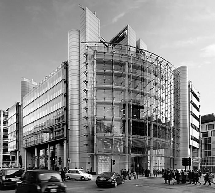 Eικ. 2: Κτήριο γραφείων Helicon στο Λονδίνο.  Αρχιτεκτονική μελέτη: Sheppard Robson, πηγή: www.sheppardrobson.com