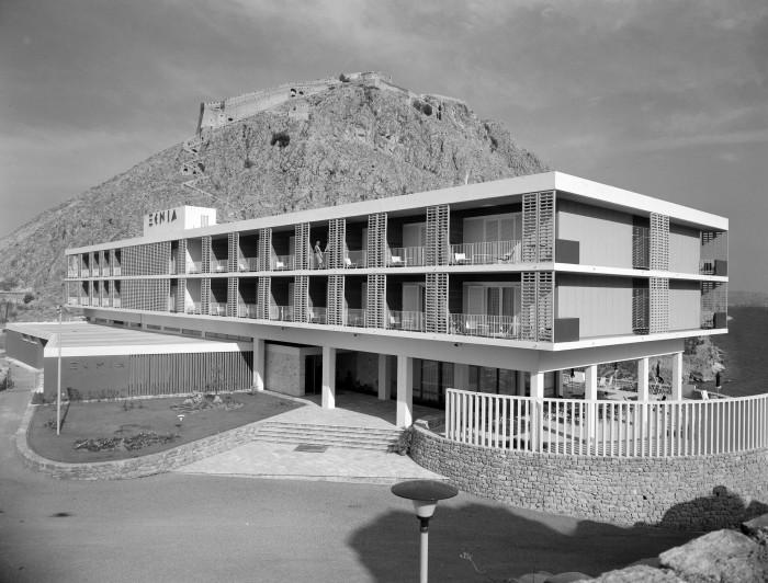 Ξενία Ακροναυπλίας, αρχ. Ιωάννης B. Τριανταφυλλίδης, 1960, πηγή: Φωτογραφικό Αρχείο Μουσείου Μπενάκη