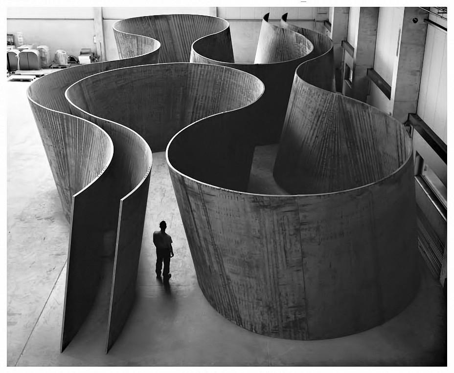 pe09_Richard Serra