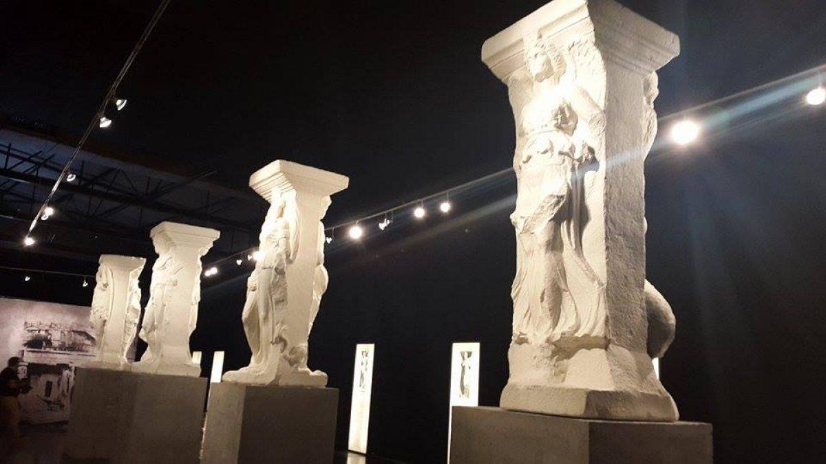 """Οι """"Μαγεμένες"""" στη Διεθνή Έκθεση Θεσσαλονίκης (ΔΕΘ)"""
