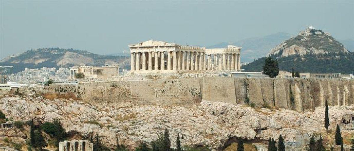Ανακοίνωση ΣΑΔΑΣ-ΠΕΑσχετικά με την κατασκευή υψηλών κτιρίωνστην ευρύτερη περιοχή της Ακρόπολης
